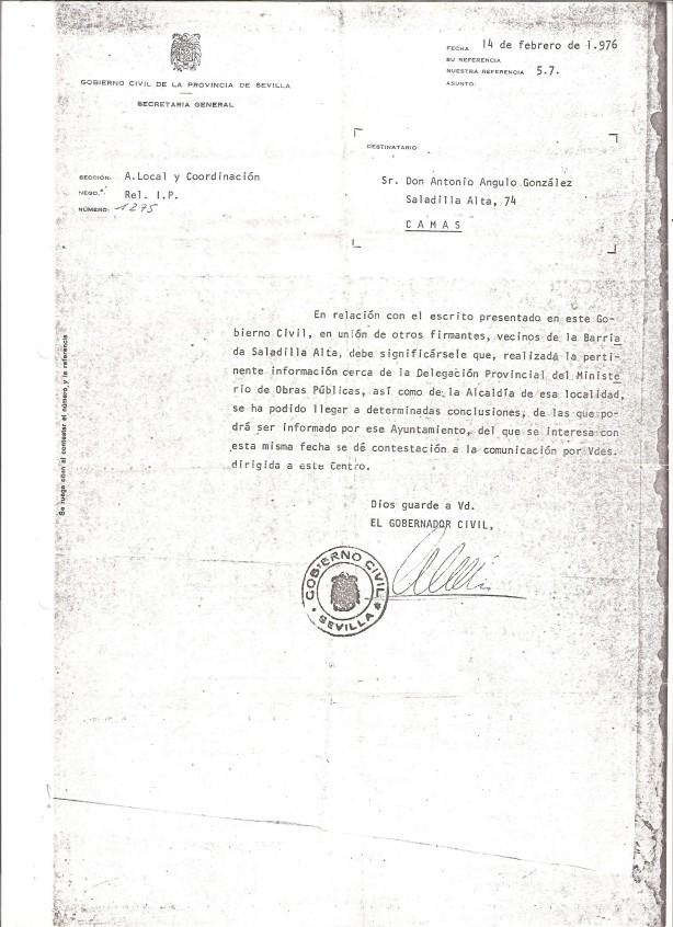 1976. 14 de Febrero. Respuesta del Gobernador Civil a D. Antonio Angulo en representación de los vecinos que dirigieron escrito sobre su problemática de Saladilla Alta