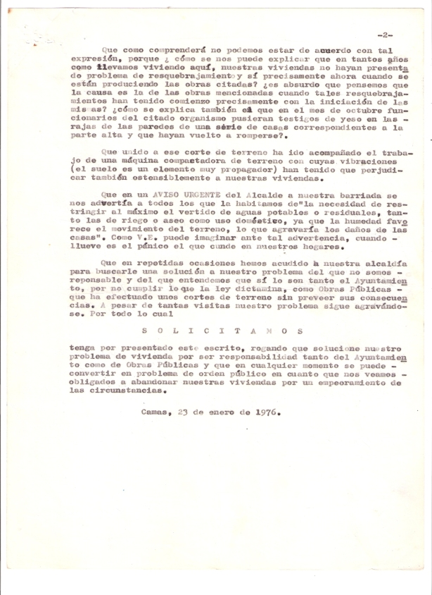1976. 23 de Enero. Escrito de los vecinos del Barrio El Chato al Gobernador Civil exponiéndoles su problemática. 2 de 2